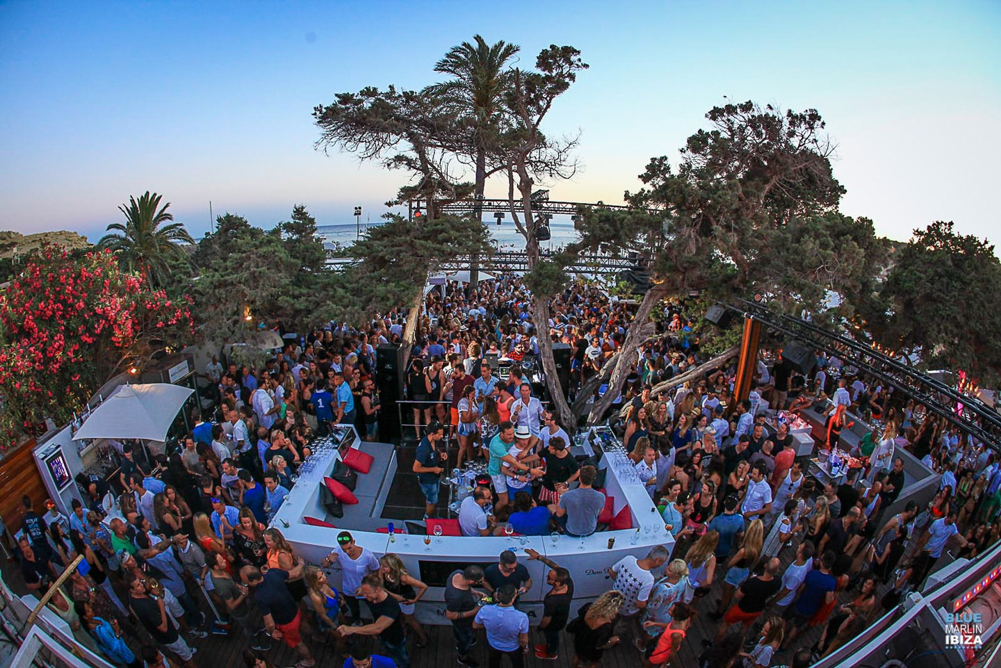 The 5 Beach Clubs of Ibiza where you will want to live - Ibiza Global TV