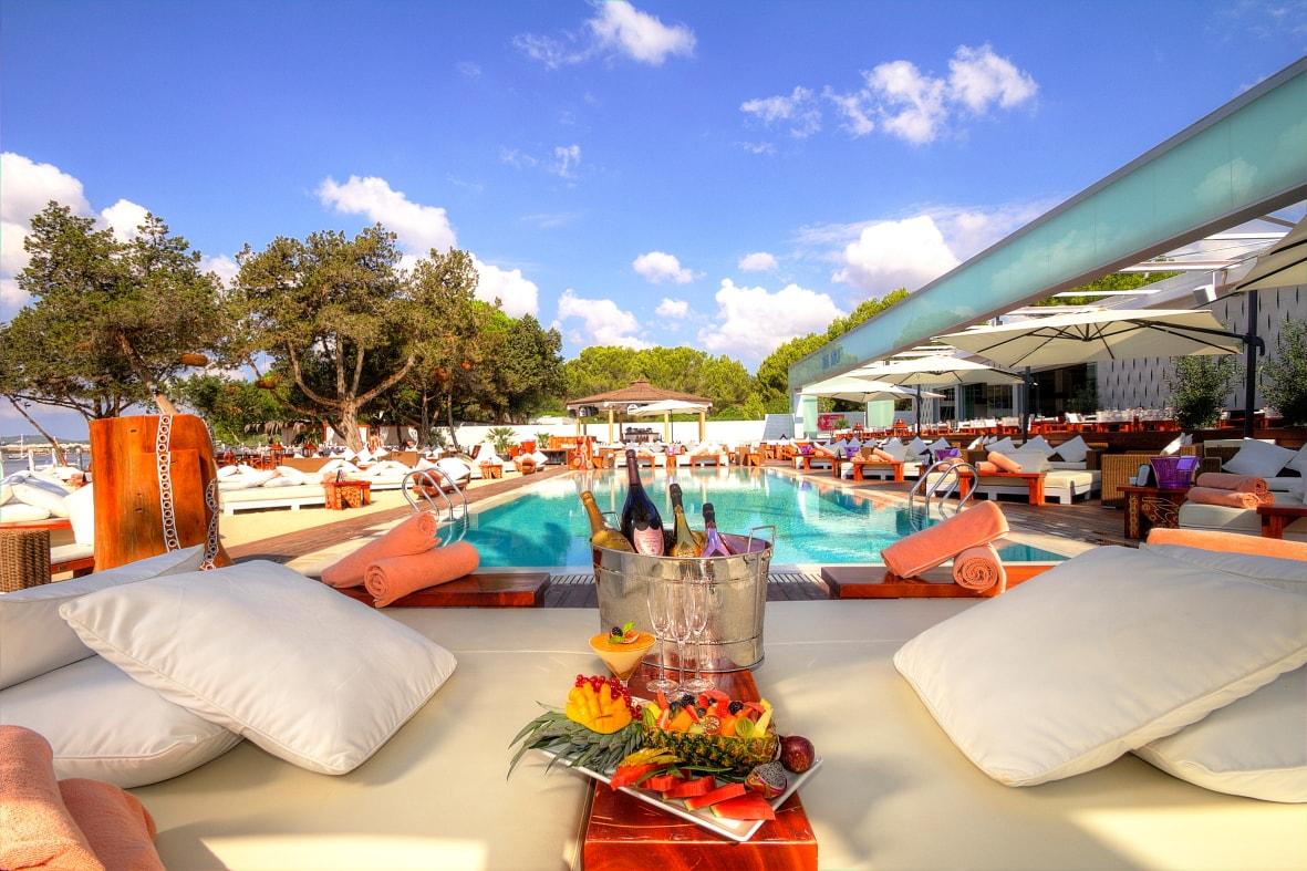 To The Ss Of Mediterranean Sea This Beach Club Which Is Next Me Ibiza Has A Pool Restaurant Octagon Bar